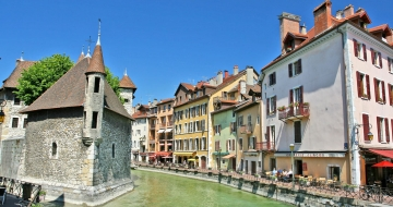 Annecy palais © Yves-LC